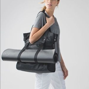 Lululemon Follow Your Bliss Bag